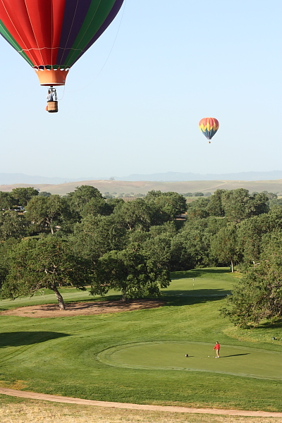Hot air balloons over the Hunter Ranch Golf Course