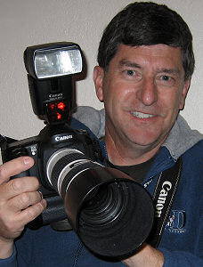 Jim Zim with his Canon EOS 10D camera and L series lens
