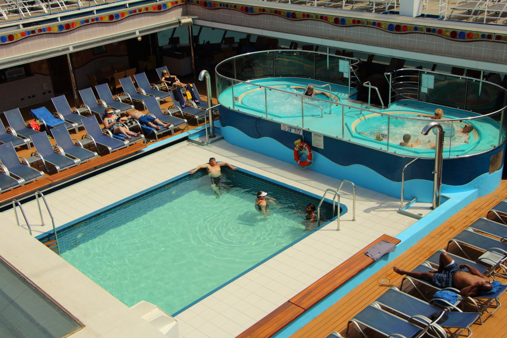 Carnival Conquest aft pool
